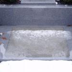 雪。石の上はスリップ注意です!