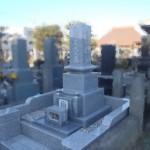 多摩区の寺院墓地で石塔棹石の再据付をしました