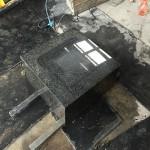 川崎市多摩区のお墓工事、雨で無念の中断。そこで石塔のクリーニングをしてみた