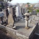 稲城市のお墓で、石塔の傾き補修工事。セカンドベストを目指す。