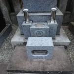 狛江市の墓地 花筒・香炉についてのご相談と交換作業