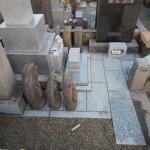 お墓のリフォーム、敷石工事。川崎市多摩区の寺院墓地にて
