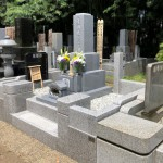 東京・狛江市で完成墓所の引渡しとご納骨に。