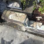 川崎市 多摩区登戸の墓地でお墓のリフォーム工事にかかりました