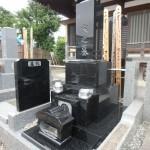 川崎市 寺院墓地で和型墓石の据付け工事をしてきました
