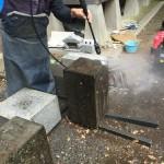 高圧洗浄で汚れもスッキリ。狛江市での外柵リフォーム工事の続き。