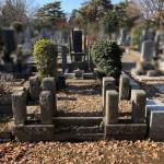 府中の多磨霊園でお墓の解体。