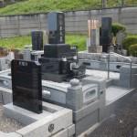 お墓(墓石・外柵)の建立工事が無事終了。東京都稲城市の寺院墓地