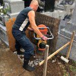 丘カロート外柵の基礎工事。川崎市多摩区の寺院墓地にて