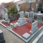 北木石の石塔を建ててきました。横浜市緑区の共同墓地