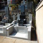 宮前区の寺院墓地 新規に和型石塔・外柵の据付けが完了です